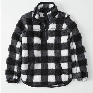 The Essential A&F Sherpa Fleece, Size Small